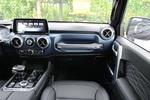 2020款 BEIJING汽车BJ40 2.0T 自动四驱致敬2020版至尊型