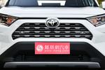 2020款 丰田RAV4荣放 2.0L CVT两驱尊贵版