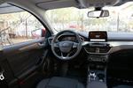 2020款 福特福克斯 三厢 EcoBoost 180 自动锋潮型