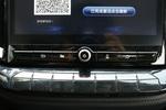 2019款 江铃域虎9 2.0T手动汽油两驱舒享型