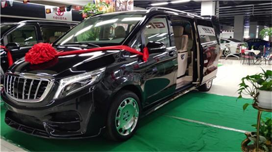 国六奔驰V260高端商务保姆车价格新报价