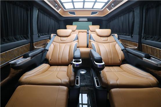 常州奔驰V260L新款商务车七座销