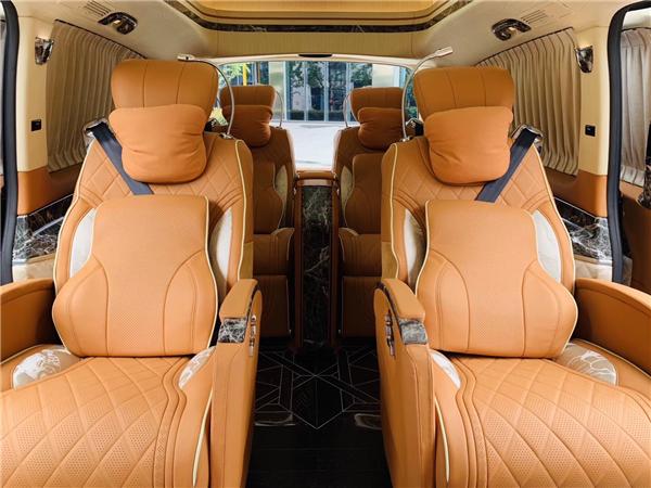 杭州奔驰v260L6座豪华商务车报价及图片 联系方式:18072710742