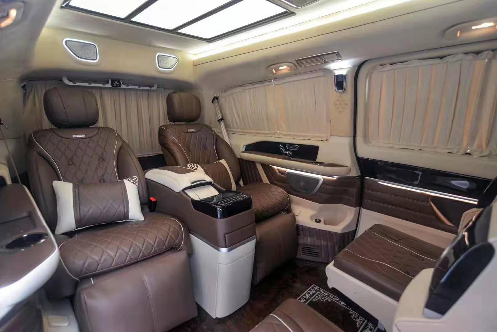 奔驰v级v260l商务车领域新款落地价  咨询热线:15088779054