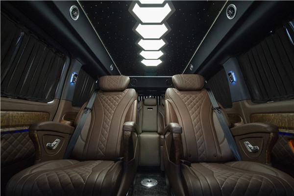 国六奔驰VS980L百万级商务座驾配置解析  咨询热线:15088779054
