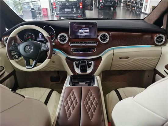 奔驰V260L 再次诠释全新V级 奔驰改装商务车