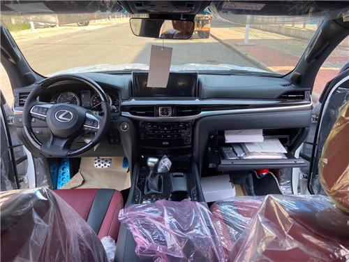 21款雷克萨斯LX570 狂野气质 霸气十足