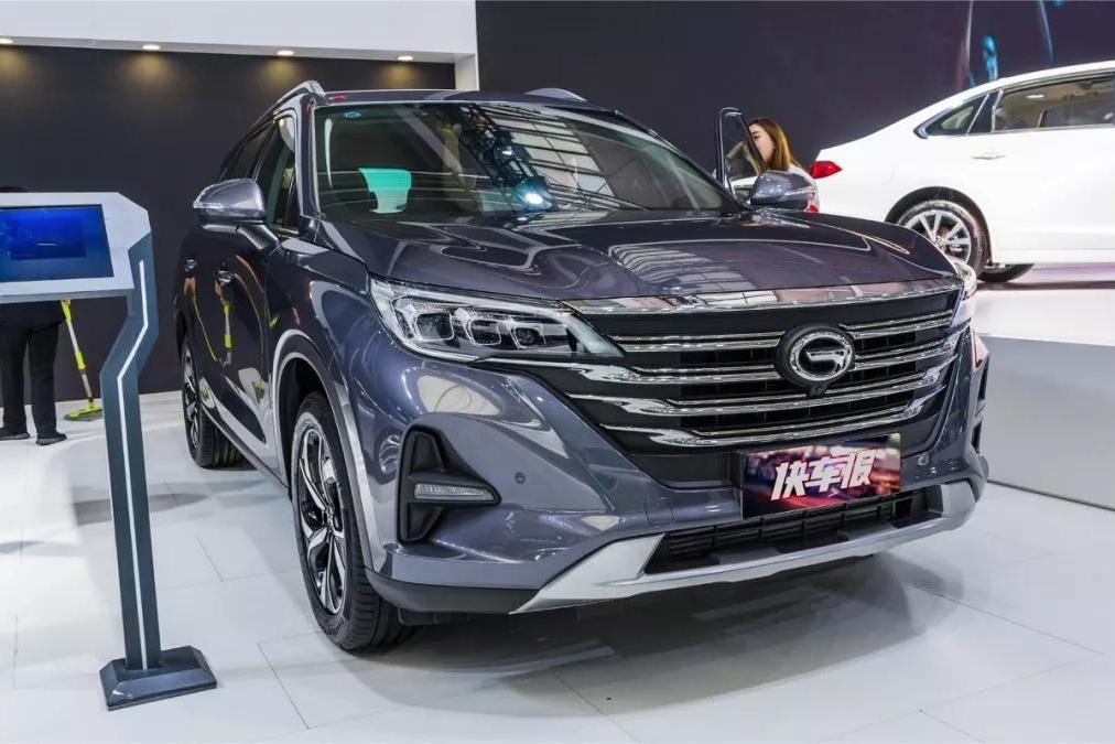 广汽传祺GS5:本该月均销量2万辆,如今月均销量4500【快车体验078】