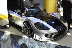 亮相即王者,7.0T V8,1060马力,零百2.4秒,100万刀限7台,买?