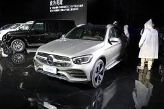 梅赛德斯-奔驰中期改款GLC L上市,售价39.28万元起