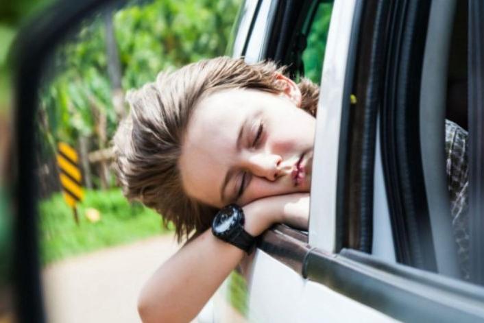为什么坐别的车不晕,坐电动汽车就犯恶心又胸闷?