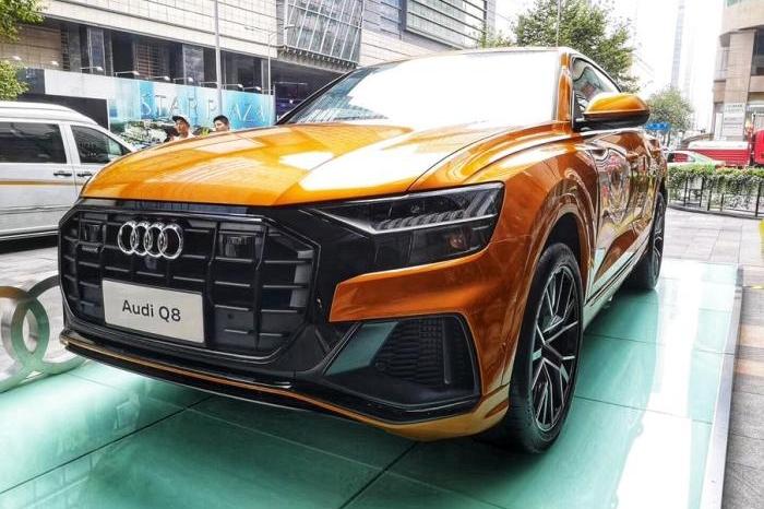 郑谊看车展(1):奥迪Q8实车曝光,还要啥X6?