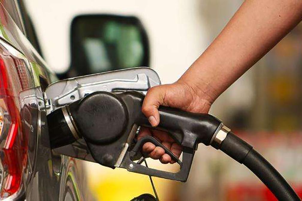 今晚油价将迎来年内第10涨!比亚迪新车8.98万起