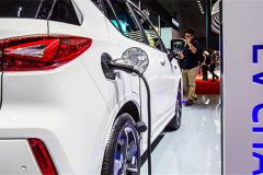 自主合资新势力三方对垒 成都车展上新能源车型谁领风骚?