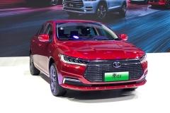 比亚迪新秦EV预售13.98万起 NEDC续航里程达421km