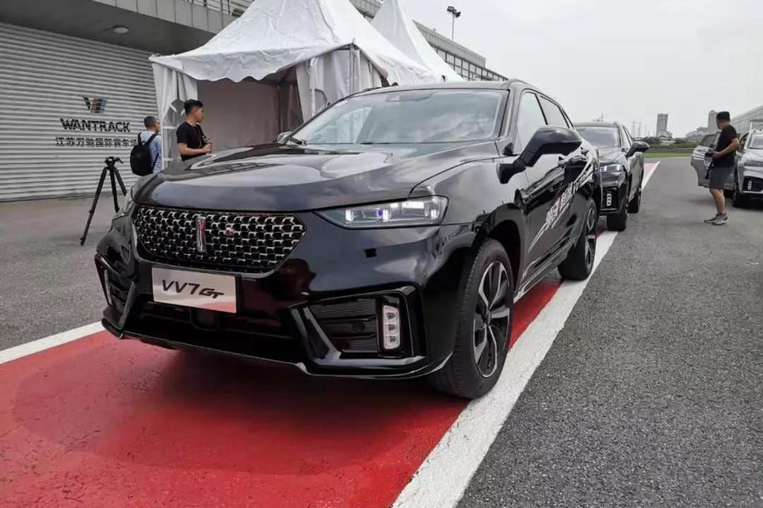 长城又一轿跑SUV,外观比宝马X6还横!40项配置升级只要10多万?
