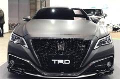 丰田皇冠新款亮相车展,动力加强,四个排气管,期待国内上市