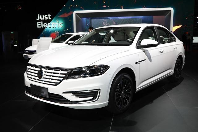 上汽大众首款纯电动车水平如何?朗逸纯电值不值得买