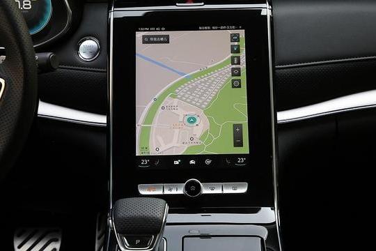 路咖评:上汽或吉利或长安 会说话的都是智能汽车?