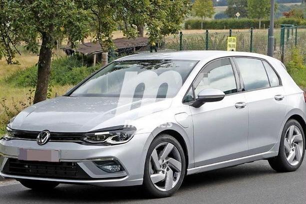 车动态:一汽大众公布销量;全新奔驰C级新车;丰田新C-HR