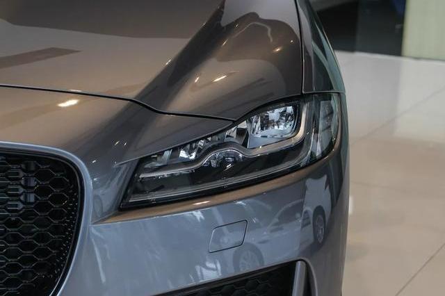 直降20万!全铝车身+全时四驱,380匹百公里加速5.5秒,还买X3吗