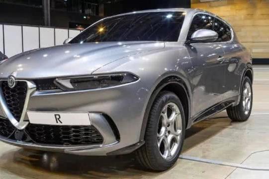 跟Jeep自由侠同平台,阿尔法·罗密欧全新紧凑型SUV原型车曝光