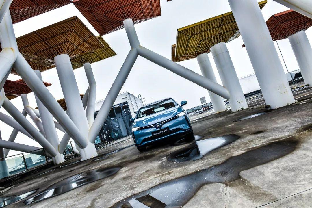 20万内,合资品牌续航最高的纯电动车,试驾别克微蓝