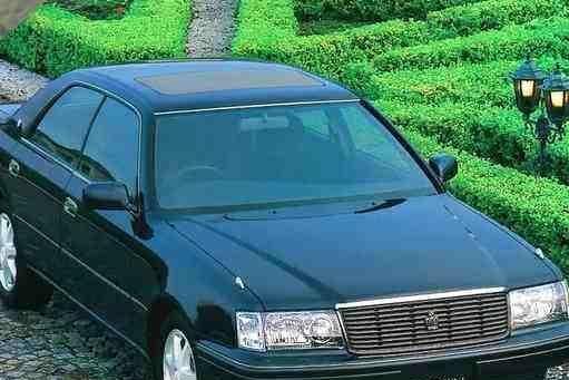 月收入达到4000,这3款车也开得起,1公里油钱不到4毛