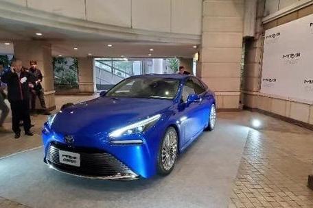 在编辑眼中,东京车展堪比华山论剑,丰田MIRAI就是王重阳