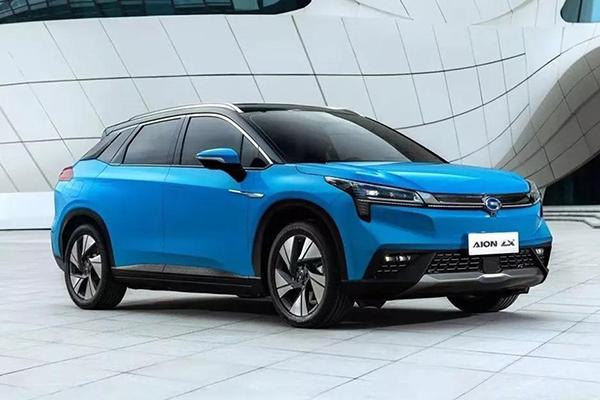 预算25万元,选择一台豪华智能超跑SUV是否超值?