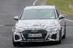 奥迪全新RS 3谍照曝光,动力小幅提升/竞争奔驰A45 S