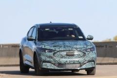 轮廓展露无疑 福特Mustang纯电动SUV车型谍照曝光