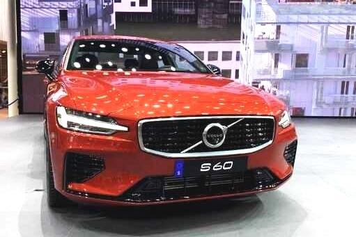 预售28.7万起步贵不贵?广州车展体验沃尔沃全新S60