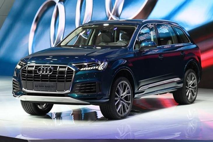 新款奥迪Q7将明年2月份上市 外观设计变化明显 增微混车型