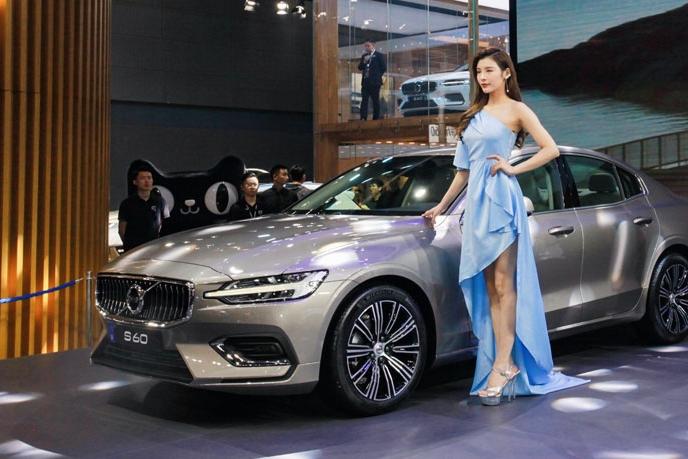 东北冬天开混动车最靠谱 广州车展亮相的豪华品牌混动车型
