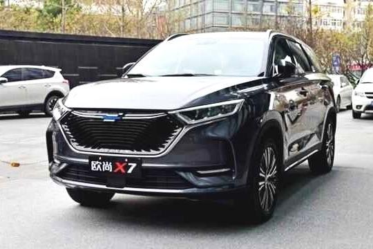 3分钟看车圈:不负期待的中国SUV 长安欧尚X7正式上市