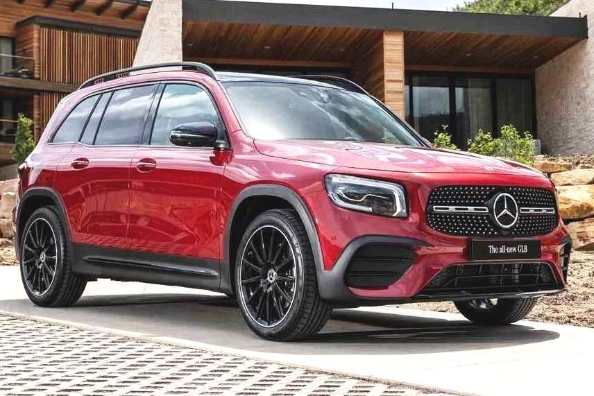 30万左右买豪华紧凑型SUV,奔驰GLB和宝马X1谁是更好的选择?