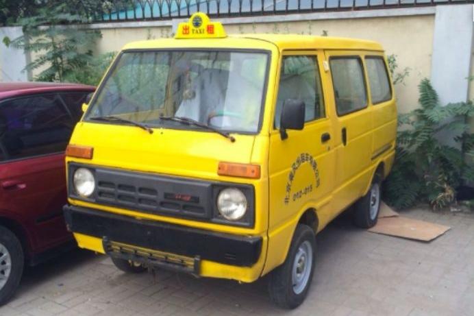 80后的汽车记忆:提到内会儿北京的出租车,您一定倍儿怀念吧?