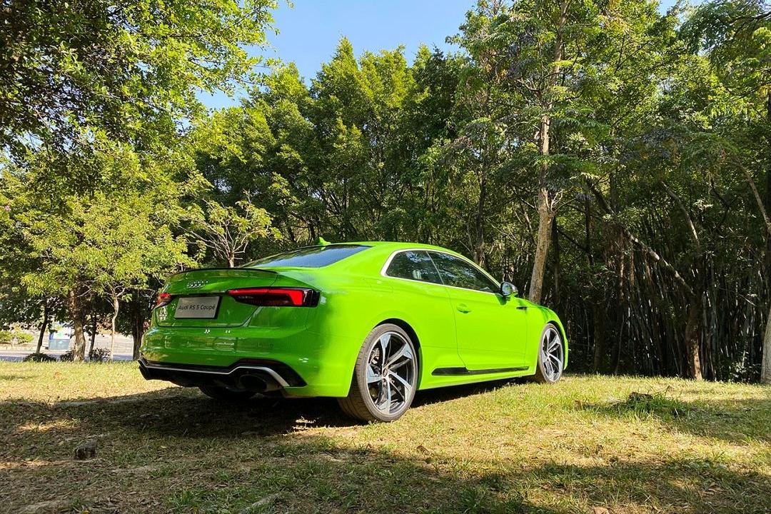 轻身自然爽 | 试驾奥迪 RS5 Coupe