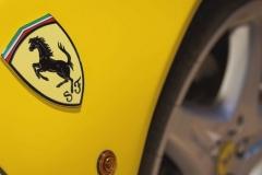 """走""""性价比""""路线了?法拉利F8 Spider售341.8万元!"""