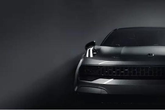 又一吉利SUV崛起!2.0T+8AT,2.0T爆238匹马力,6万可入手