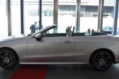 花63万,买1.5T+48V的奔驰E级敞篷版,网友:又一台智商检测车!