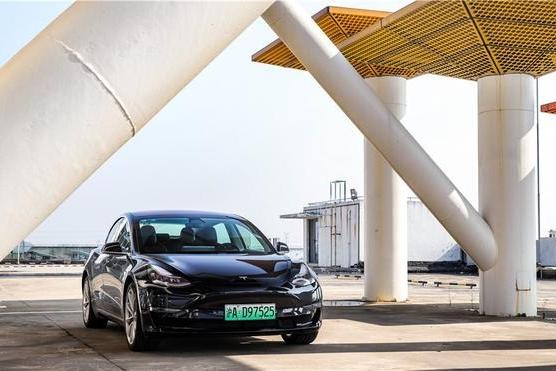 《电评车》Model 3:革燃油车的命,只是因为技术?
