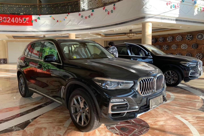 天津港探店   2019款宝马X5墨西哥版3.0T车型售69万元