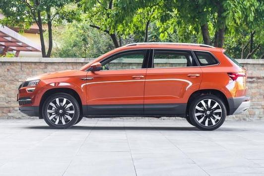 又一亲民德系SUV,搭载1.4T+7DCT黄金动力,容积1543L,不到13W