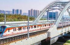 """西安:低温时段机场城际列车开启""""温暖""""模式"""