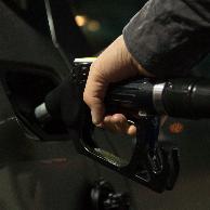 国内油价或踩线上调