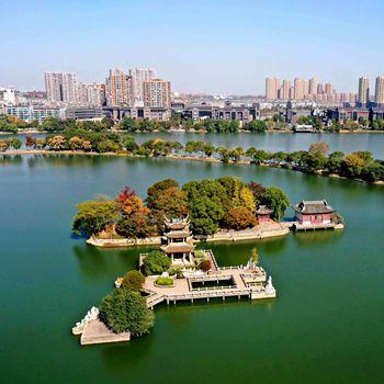 铜陵天井湖:湖光山色 相映成趣