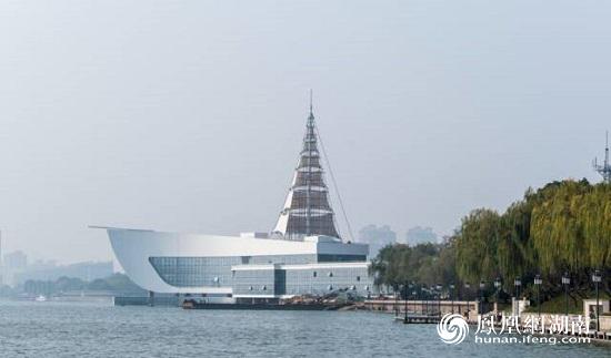 《中国旅游景区发展报告(2019)》发布:观光游与度假游融合发展趋势明显
