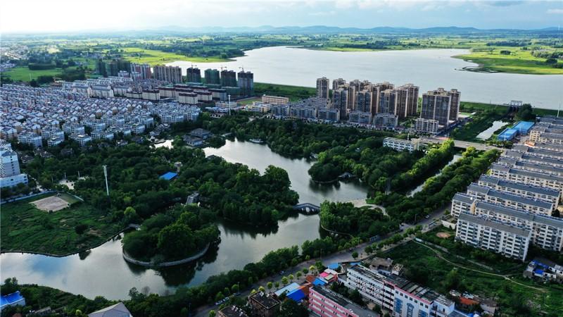 66花园湖全景